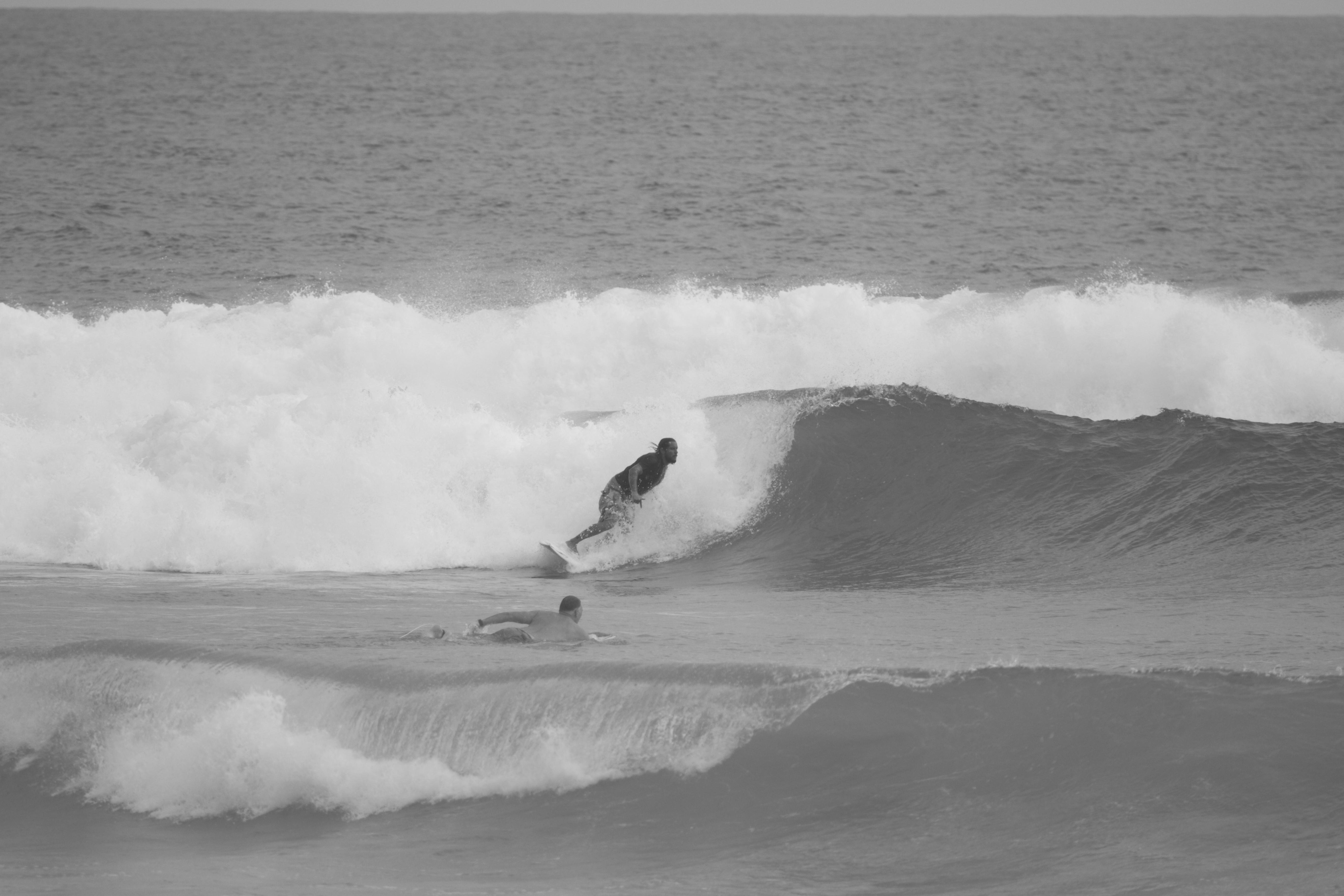 Surfing Dominican republic Jorge Mijares photo Carlos vasquez